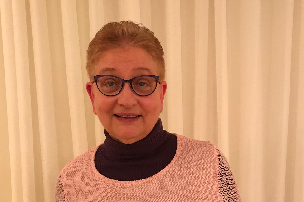 Aina Jonsson, socionom, kurator och disputerad forskare inom cancervården